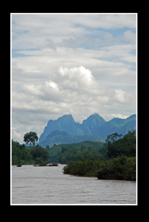 River trip from Muang Khuam to Nong Khiow | Jonathan Whelan