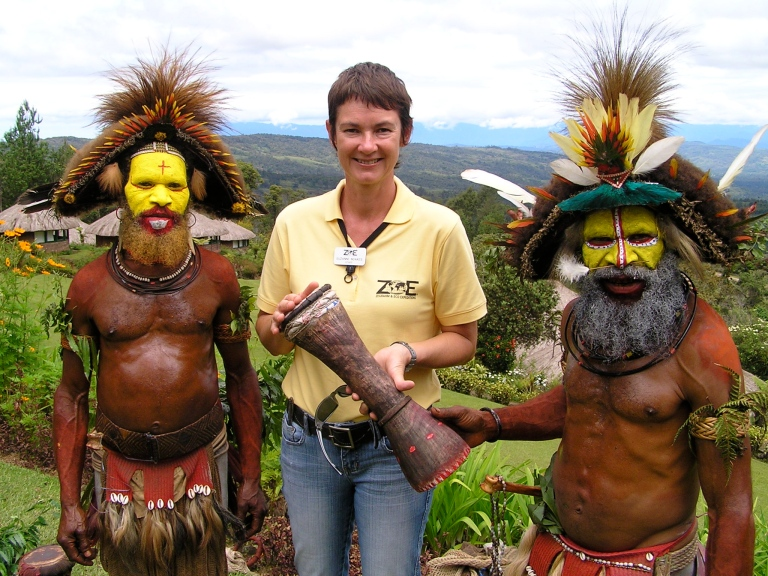 Suzanne & the Huli